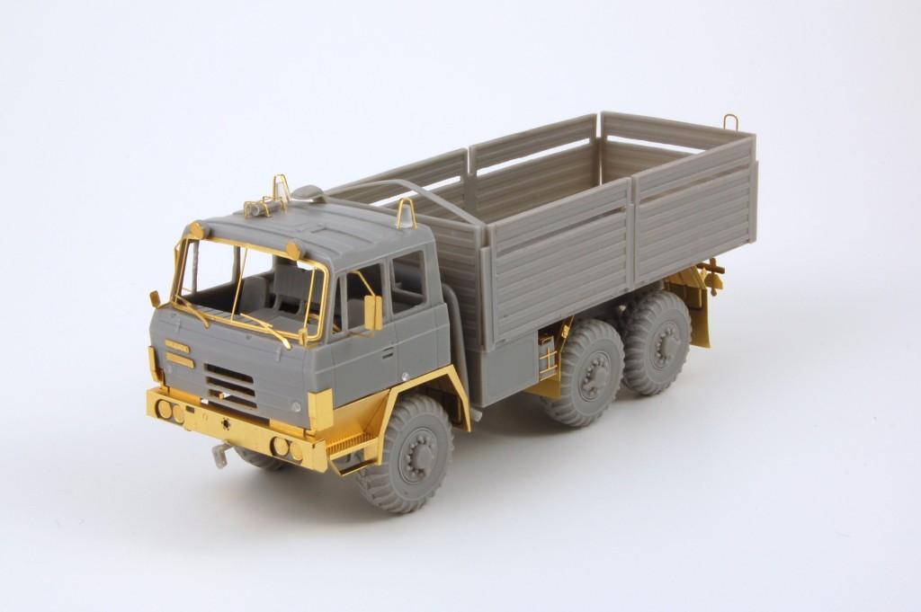 Mobilkran Tatra T-813 4x4 AD-125 1//87 Plastik *NEU* HO SDV